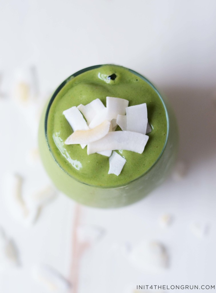 coconut mango green smoothie4