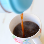 How to Make Coffee Using a French Press (Tutorial)