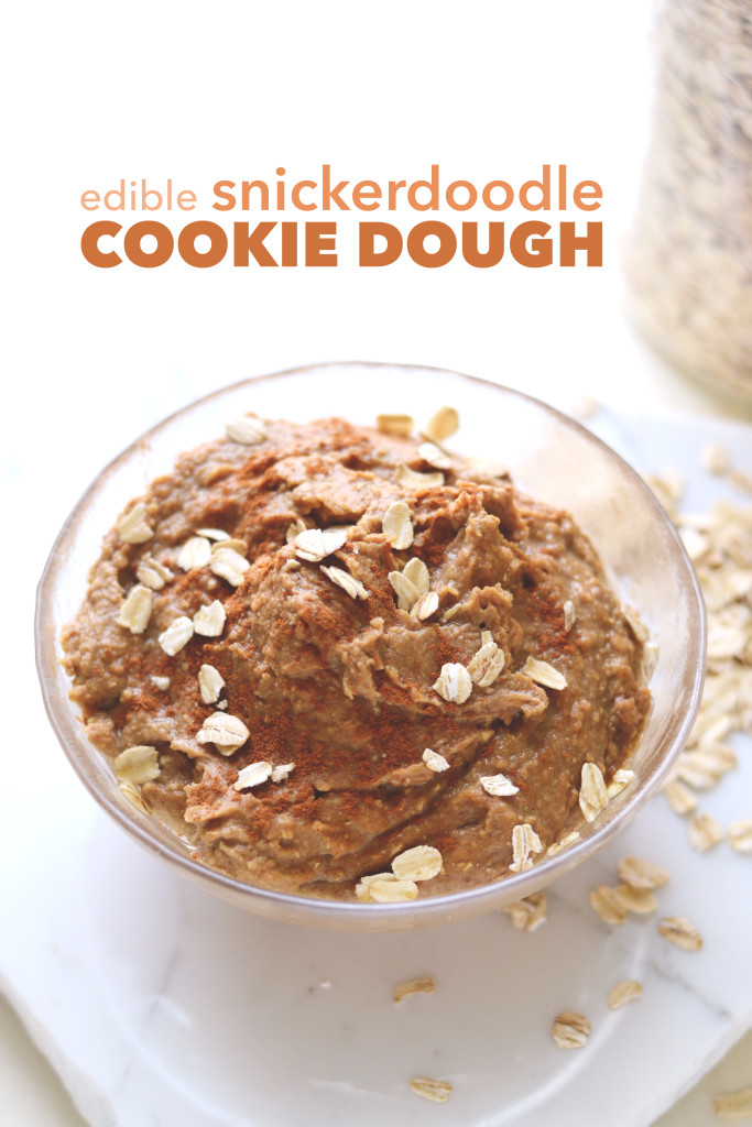 Edible Snickerdoodle Cookie Dough // This healthy edible cookie dough is the perfect dessert or afternoon snack