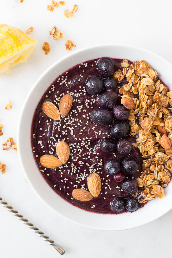 lemon-blueberry-smoothie-bowl-3