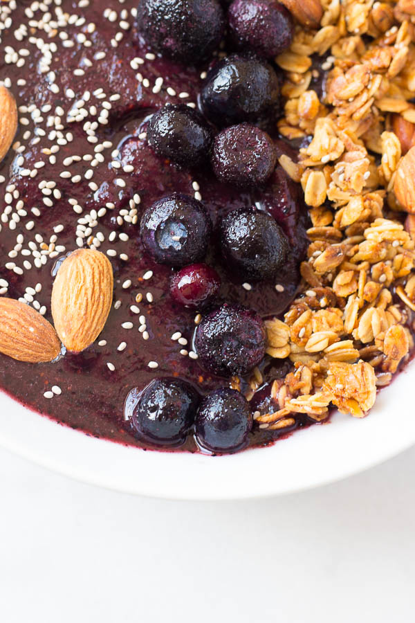 lemon-blueberry-smoothie-bowl-4
