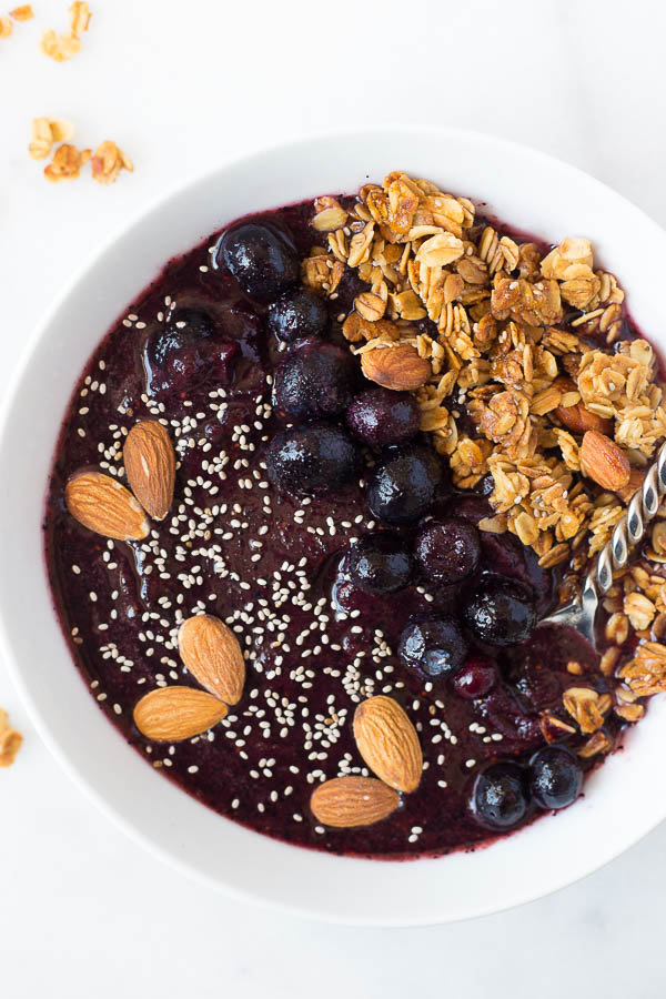 lemon-blueberry-smoothie-bowl-6