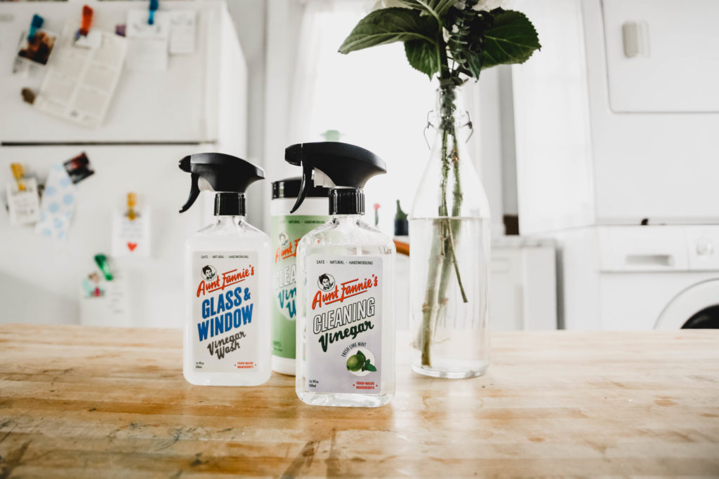 Aunt Frannie's - Non-toxic cleaning #HomeSweetBiome #HealthierHousekeeping #PlantBased #NaturalCleaning